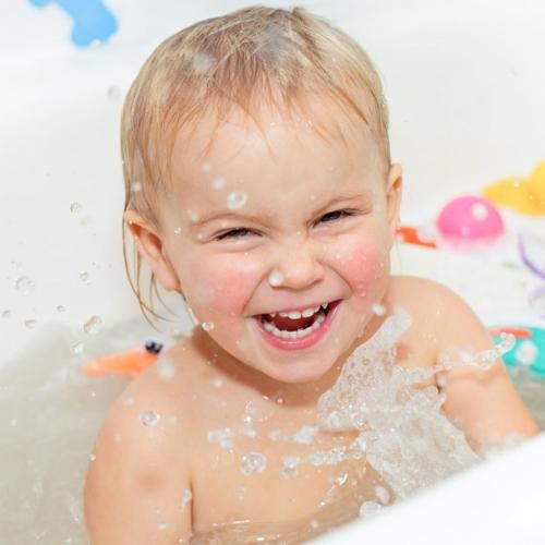 Особенности купания детей